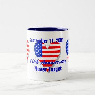 10. Jahrestags-Tasse Sept. 11, 2001 Zweifarbige Tasse