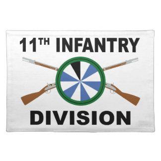 11. Infanteriedivision - gekreuzte Gewehre Stofftischset