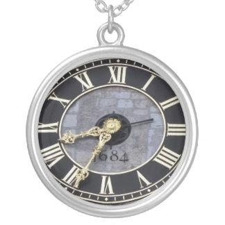 1684 - Alte Uhr Halskette Mit Rundem Anhänger