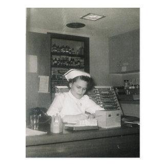 1956 KRANKENSCHWESTER #11 POSTKARTE