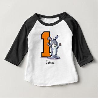 1. Geburtstags-Häschen-Gewohnheit Baby T-shirt