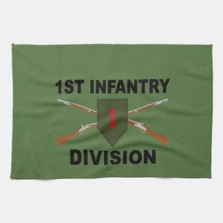 1. Infanteriedivision - gekreuzte Gewehre - mit Handtuch