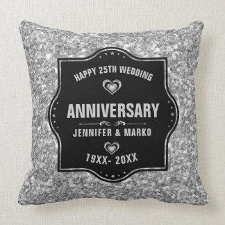 25. Hochzeits-Jahrestags-schwarzer und silberner Kissen
