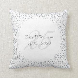 25. Hochzeitstagsilberner Confetti Kissen