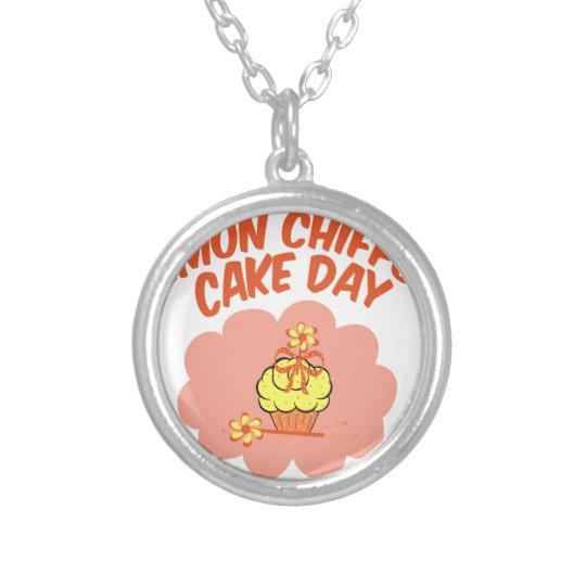 29. März - Zitronen-Chiffon- Kuchen-Tag Halskette Mit Rundem Anhänger