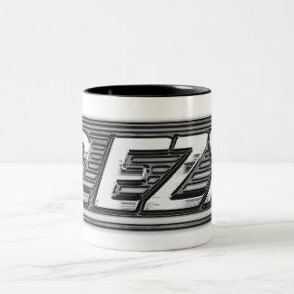 """""""2 EZY"""" Männer klären Chromeffekt-Tasse"""
