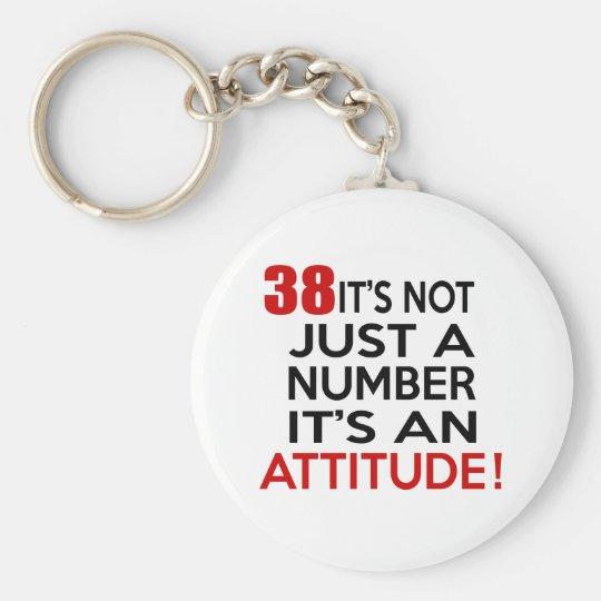 38 ist es nicht gerade eine Zahl, die es eine Standard Runder Schlüsselanhänger