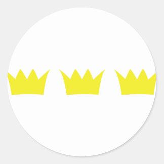 3 trois couronnes de roi sticker rond