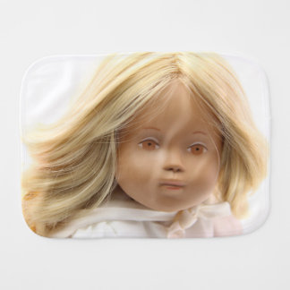 40223 Sasha Baby Puppe Irka Spucktuch