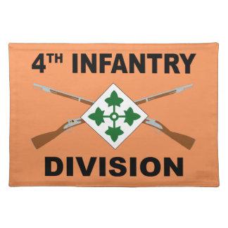 4. Infanteriedivision - gekreuzte Gewehre - mit Tischset