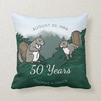 50. Hochzeitstag-Eichhörnchen Kissen