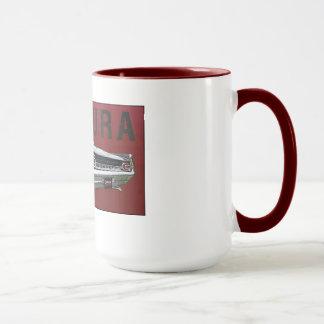 61 Pontiac Ventura hintere Ansicht über Tasse
