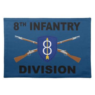 8. Infanteriedivision - gekreuzte Gewehre - mit Stofftischset