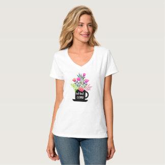 Aber erster Kaffee mit Watercolor-Rosen-T-Shirt T-Shirt