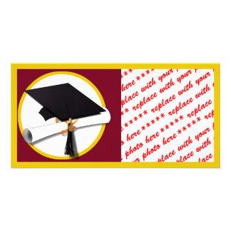 Abschluss-Kappe u. Diplom - dunkelroter Photokartenvorlagen