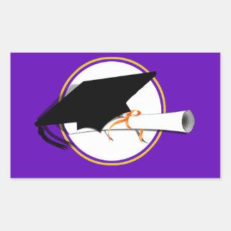 Absolvent-Kappen-Neigung mit Schule färbt lila und Rechteckiger Aufkleber