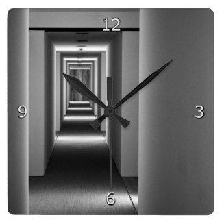 Abstrakte Architektur-feine Kunst Quadratische Wanduhr