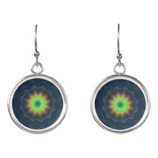 Abstrakter Kaleidoskop-Regenbogen u. Meer Ohrringe