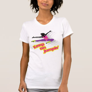 Achtzigerjahre aerobe Frau - behalten Sie auf T-Shirt