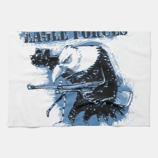 Adler zwingt Blau mit Text Küchenhandtücher
