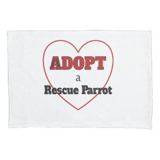 Adoptieren Sie einen Rettungs-Papageien - Herz Kissen Bezug