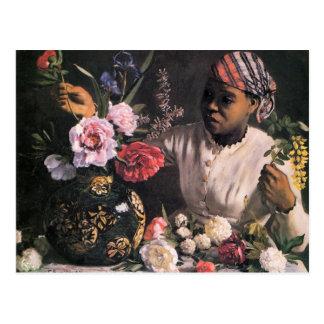 Afrikanische Frau, die Blumen in einem Vase Postkarte