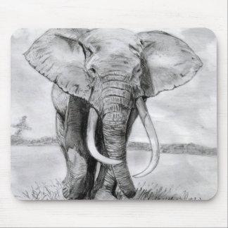 afrikanischer Elefant, der im Bleistiftentwurf Mousepad