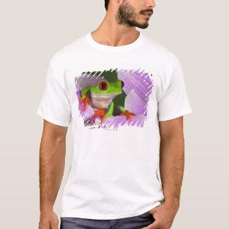Agalychnis callidryas. T-Shirt