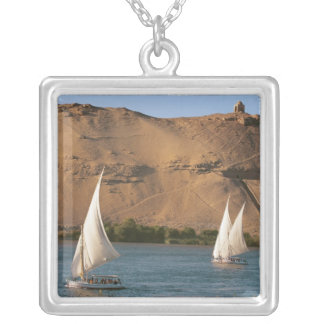Ägypten, Assuan, der Nil, Felucca Segelboote, Versilberte Kette