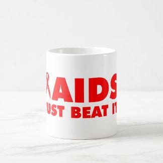 AIDS SCHLUGEN ES GERADE KAFFEETASSE