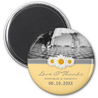 Aimant Ruban de marguerite - Merci gris et blanc jaune