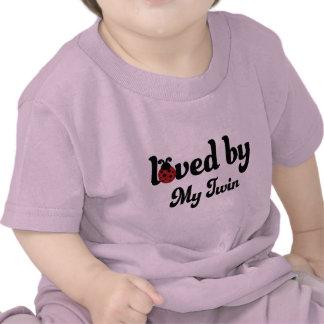 Aimé par mon cadeau jumeau t-shirts