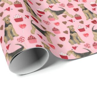 Airedale-Valentinsgruß-Packpapier Geschenkpapier