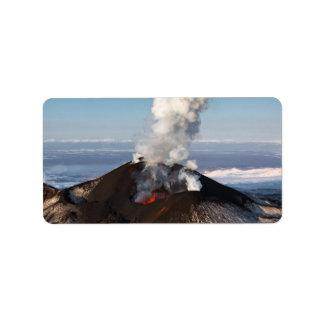 Aktiver Vulkan des Kraters: Lava, Gas, Dampf, Adressetikett