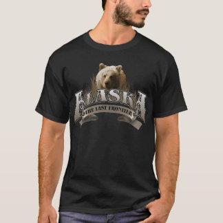 Alaska 2013 mit BEAR.png T-Shirt