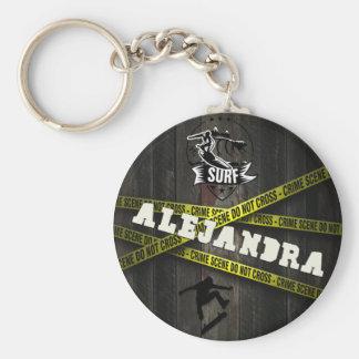 ALEJANDRA - Skater Style Standard Runder Schlüsselanhänger