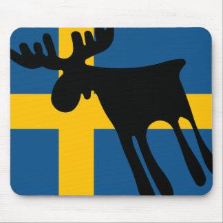 Älg / Moose med Svenska flaggan Mousepads