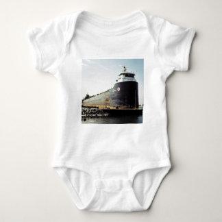 Algosoo koppelte am Hafen Hurone, Michigan an Baby Strampler