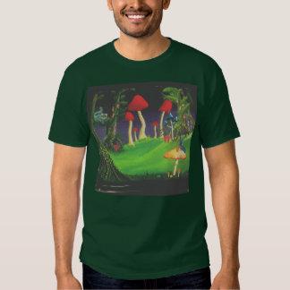 Alice dans le T-shirt adapté des hommes du pays