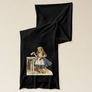 Alice im Wunderland und die Königin des Herzschals Schal