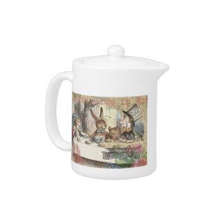 Alice im Wunderland-wütendes Tee-Party