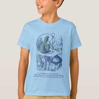 Alice und das T-Stück des Raupen-Kindes T-Shirt