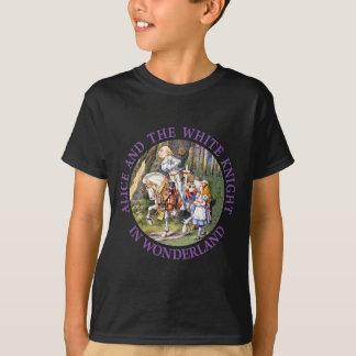 Alice und der weiße Ritter im Märchenland T-Shirt
