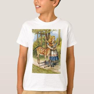 ALICE UND DIE DAMHIRSCHKUH, EIN ROTWILD, EIN T-Shirt