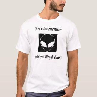alien, alien, alien, die Wahrheit ist dort T-Shirt