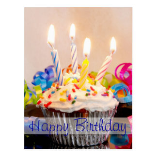 Alles- Gute zum Geburtstagkleiner kuchen mit Postkarte