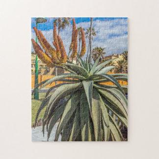 Aloe-Vera-Pflanzen- und Blumen-Fotopuzzlespiel