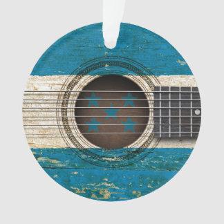 Alte Akustikgitarre mit Honduras-Flagge Ornament