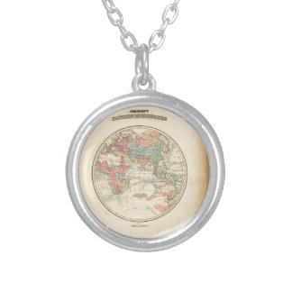 Alte Karte der Welt Halskette Mit Rundem Anhänger