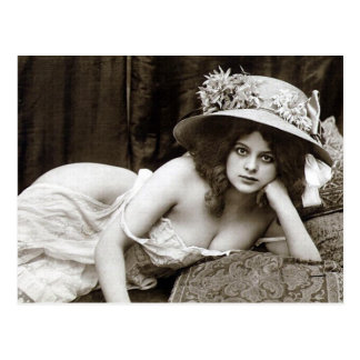 Alte Postkarte - hübsches Mädchen